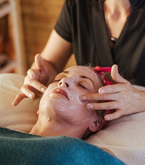 Aceites Esenciales Aromaterapia Esencias Matilda - Tratamiento Facial Valencia